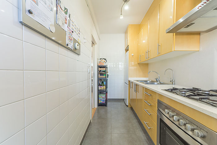 Totally renovated apartment with a surface of 62 m2 built (51 m2 useful).