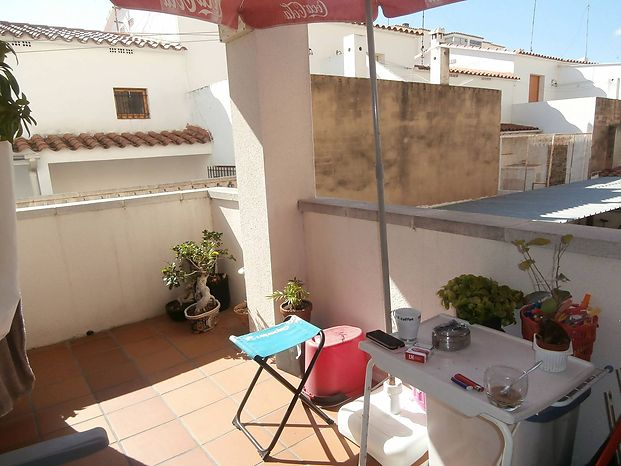 Apartment for sale in L'Escala, close to the beach and the Promenade.