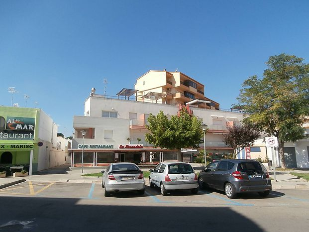 Apartment near the beach for sale in L'Escala
