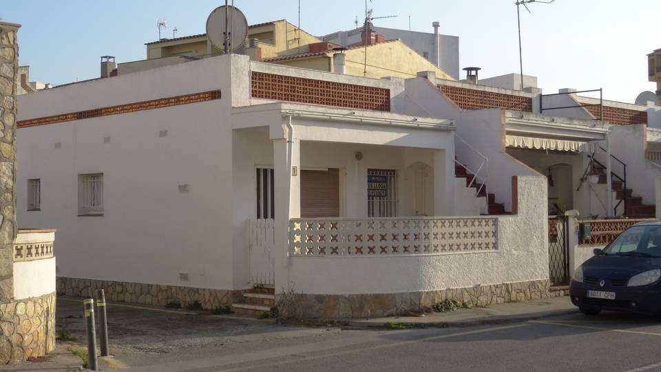 prix maison 60m2 hd wallpapers maison bois m prix with prix maison 60m2 prix maison bois with. Black Bedroom Furniture Sets. Home Design Ideas