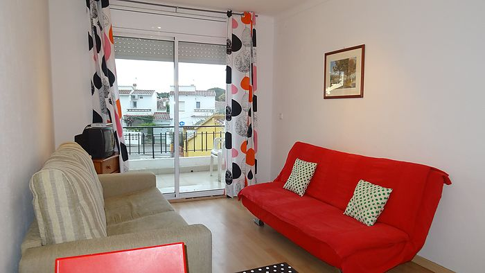 Completely renovated studio of a cadastral surface of 36 m2 for sale in Riells.